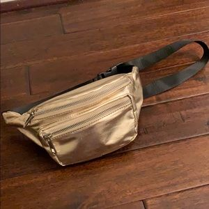 Olivia Miller Gold Fanny Pack Like New!!!